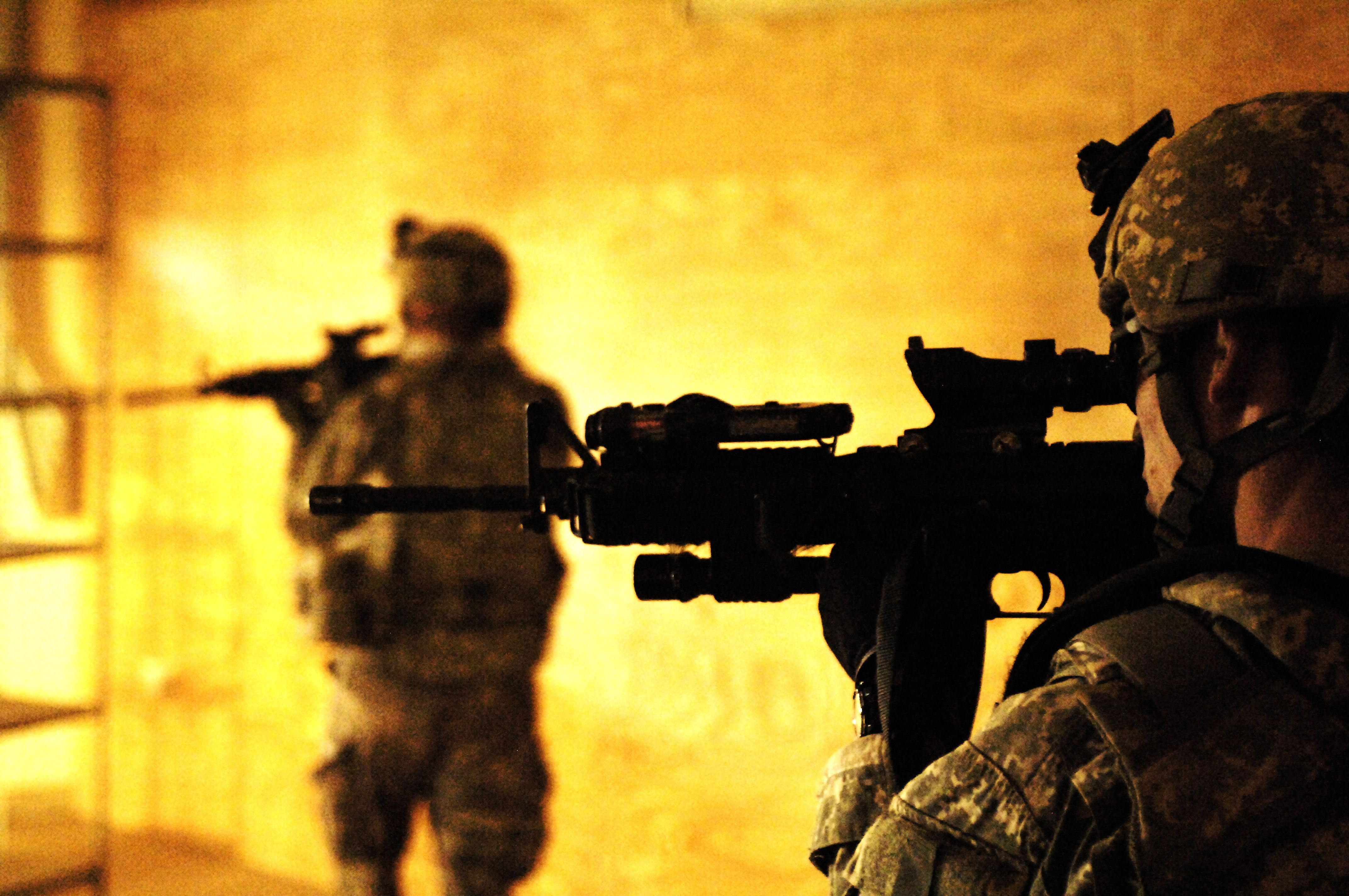 Army Of Us: Fake US Soldiers Robbing Women Online