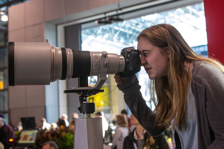 A telephoto lens.