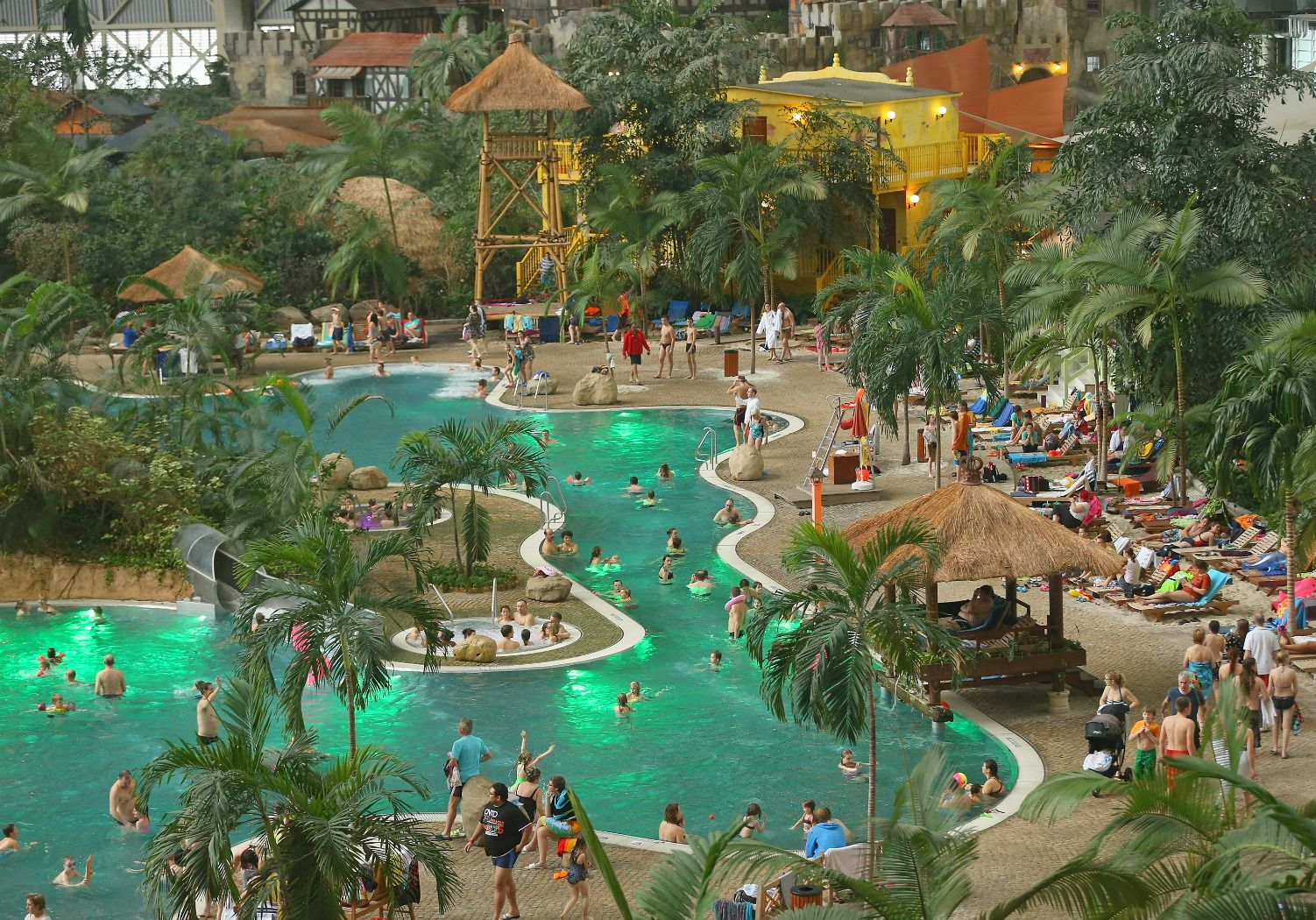 Worlds Largest Indoor Water Parks