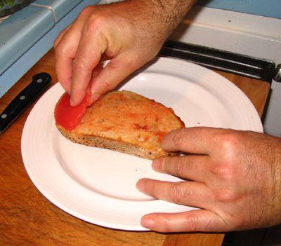 Pan con Tomate - Rub Bread with Tomato