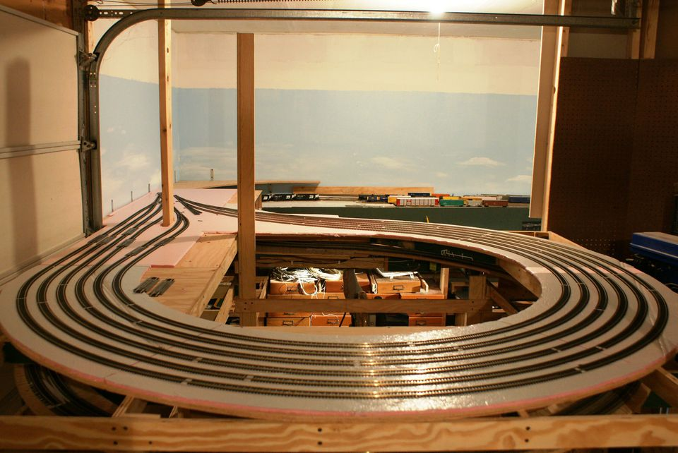 vintage attic bedroom ideas - Model Railroad Staging Yards