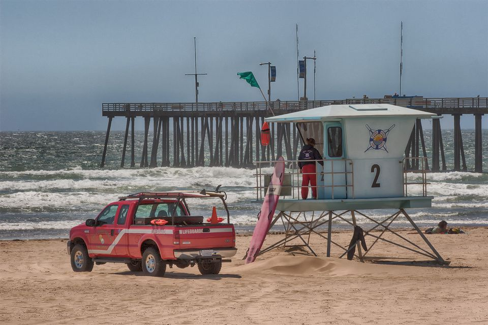 lifeguard stand at Pismo Beach