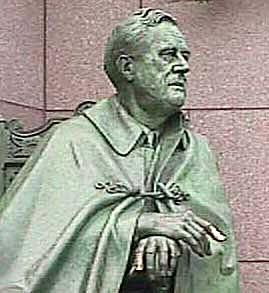 Picture of a statue of President Franklin D. Roosevelt in the FDR Memorial.