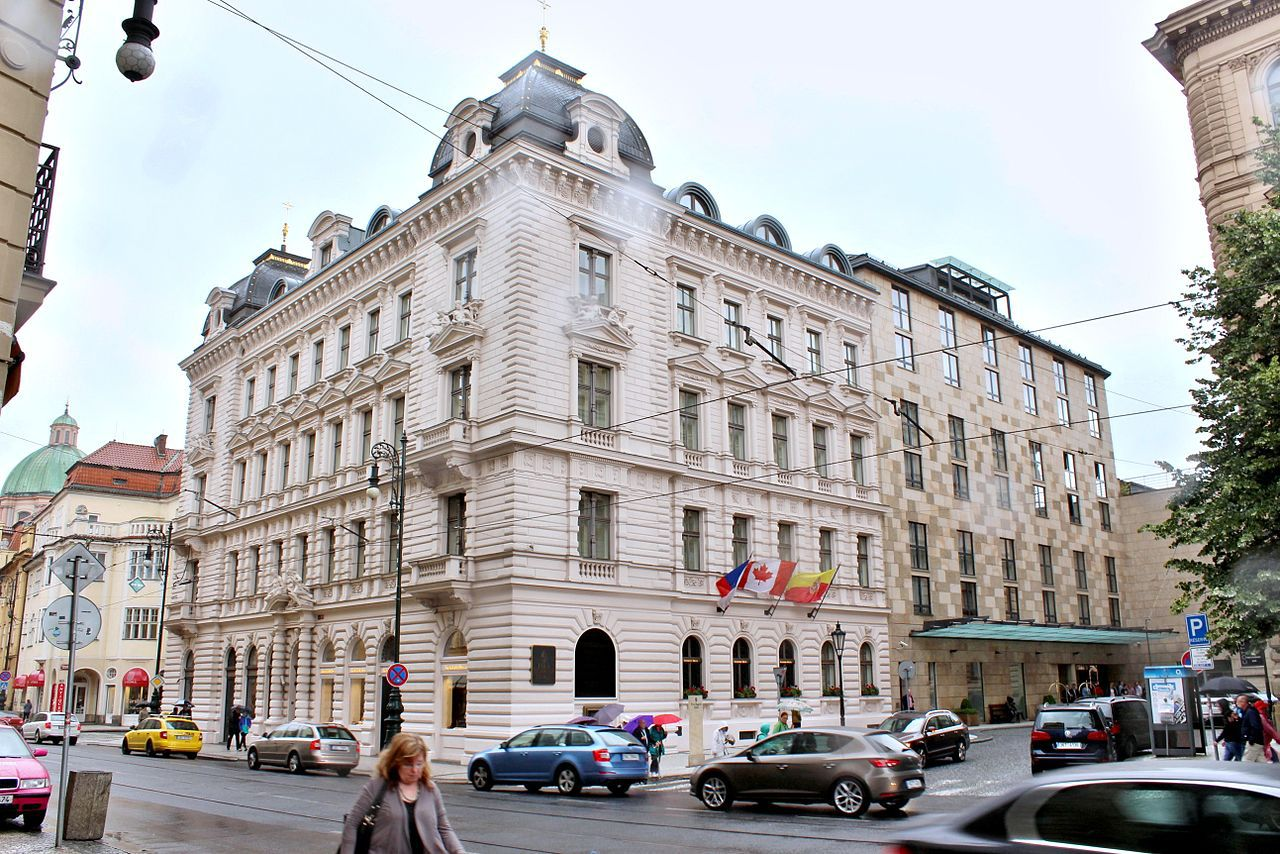 Best romantic prague hotels for couples list for Top hotel prag