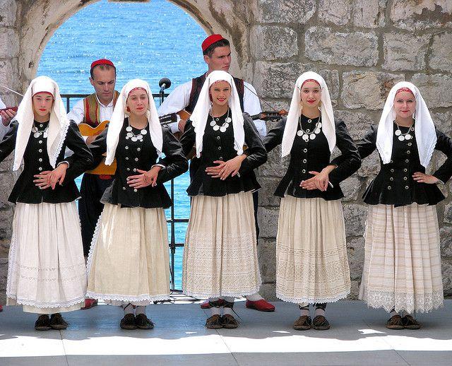 Men S And Women S Croatian Folk Costumes