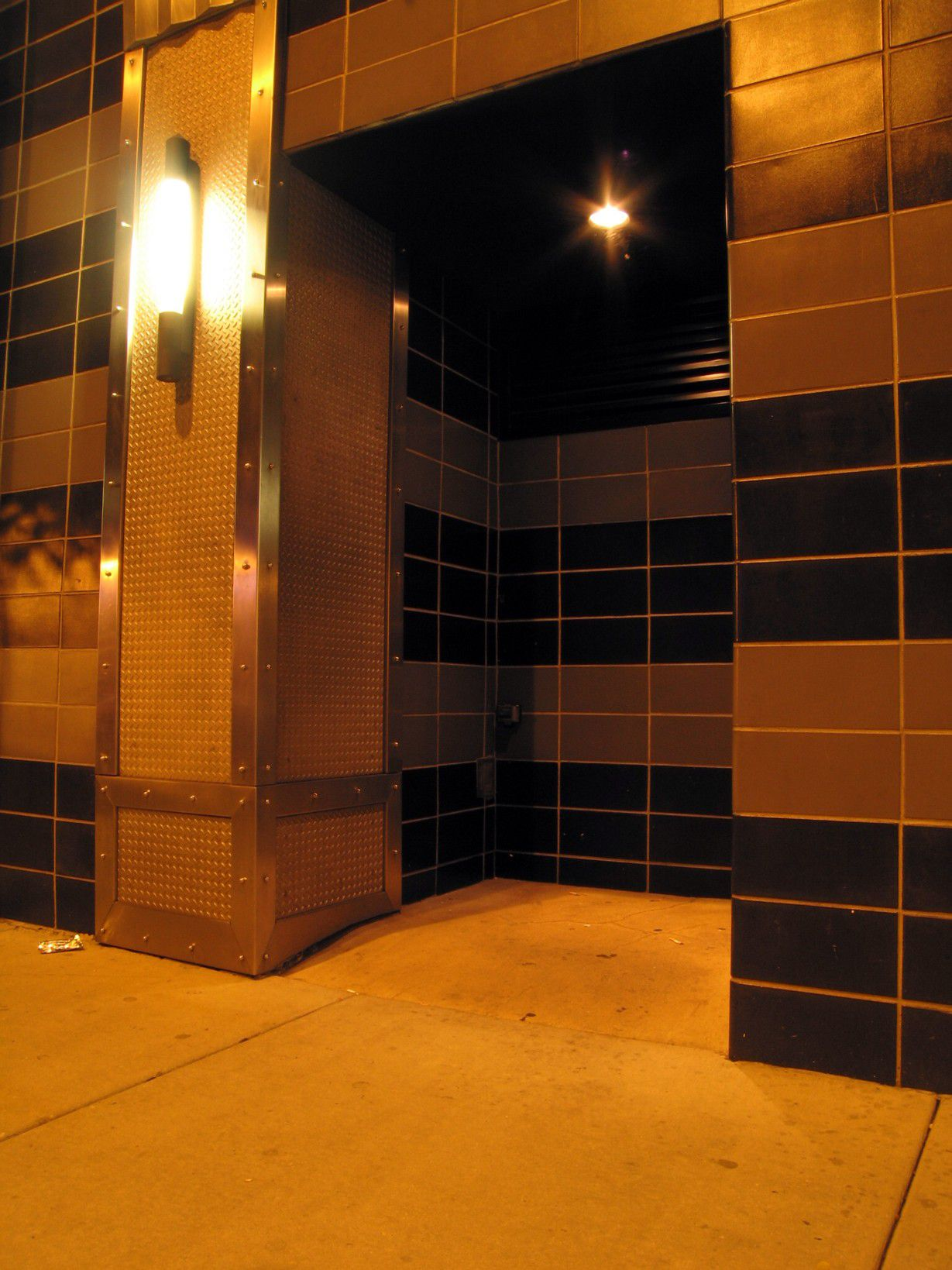 popular gay bathhouses in any major the city s Boystown