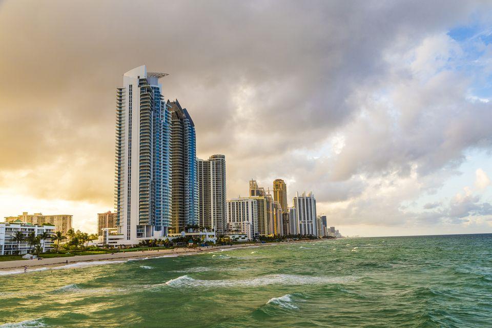 15 Best Miami Beaches For Tourists-9431