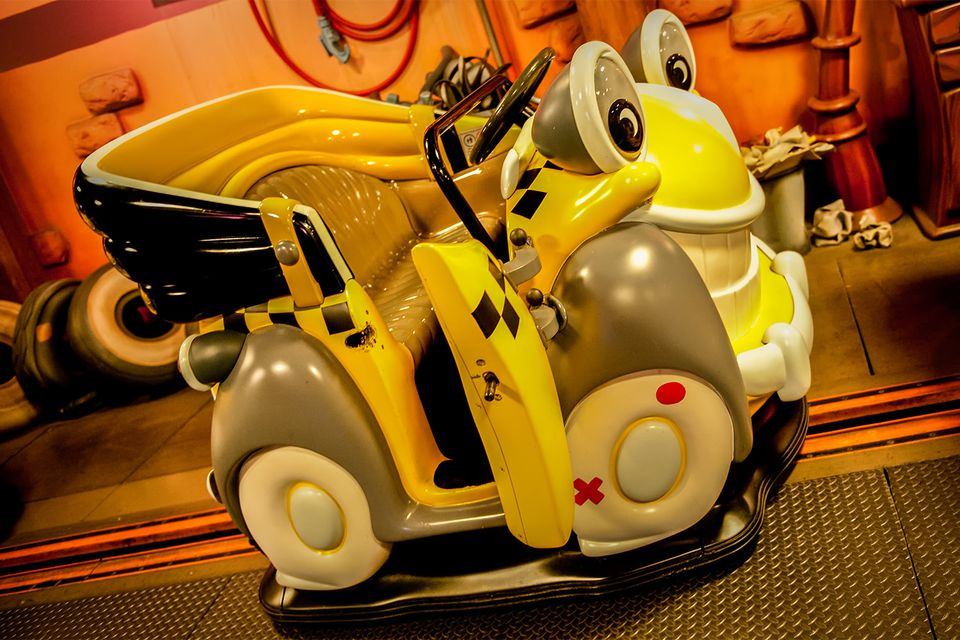 Roger Rabbit's Car Toon Spin Ride Vehicle