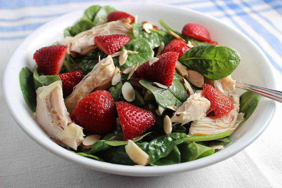 Chicken-Strawberry-Spinach-Salad.jpg