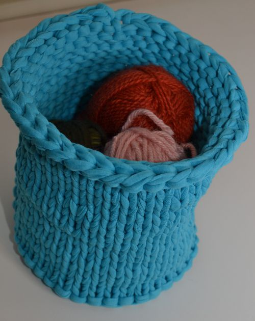Knitting Bowl Funny : Tips for working with and making t shirt yarn