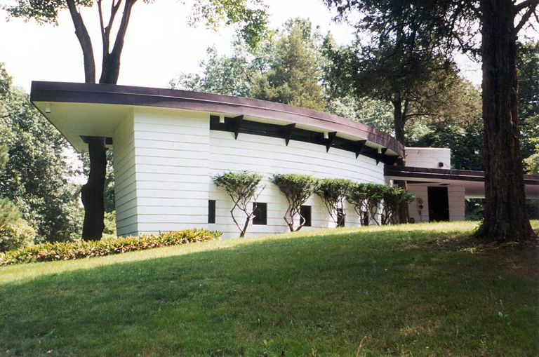 The curtis meyer house a usonian hemicycle in michigan for 3 4 houses in michigan
