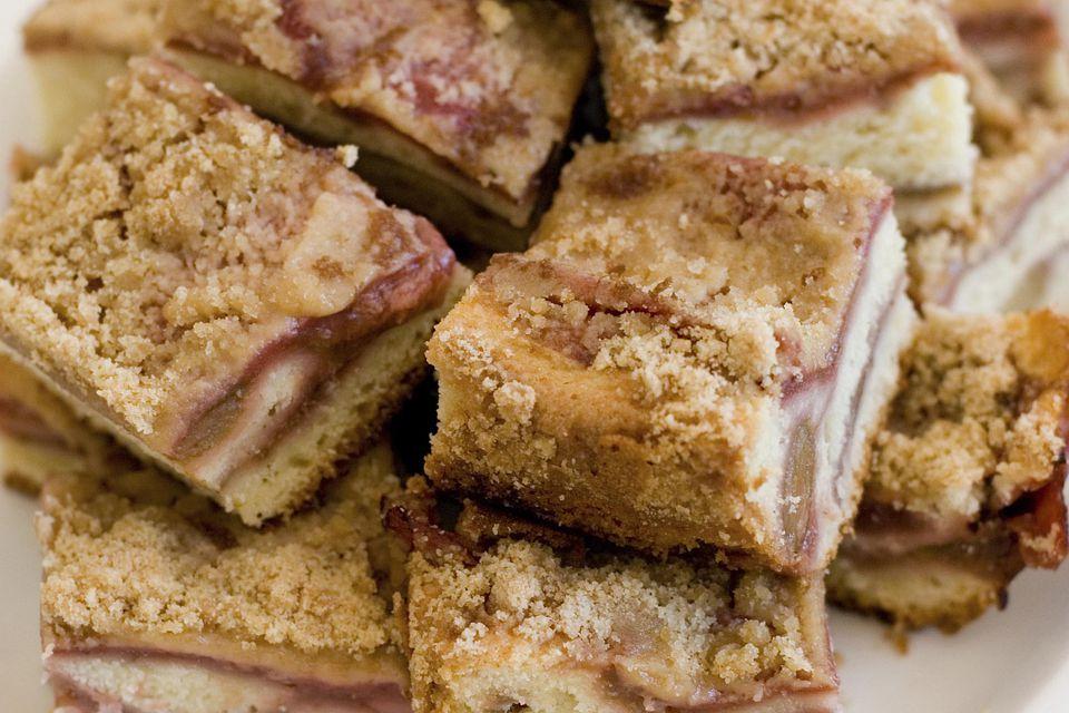 Easy Rhubarb Coffee Cake Recipes