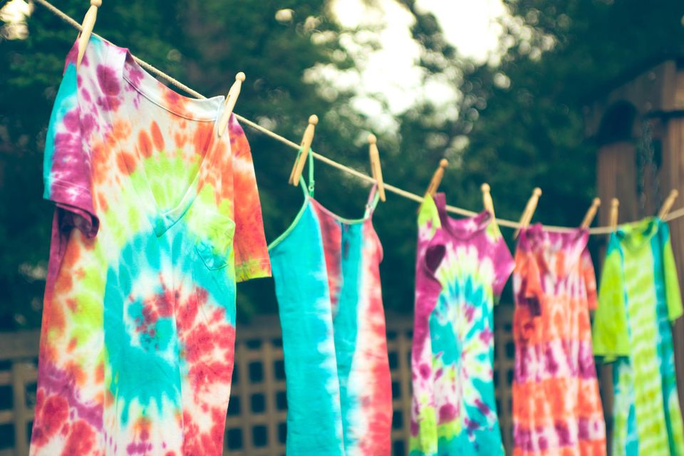 How To Make Tie Dyed Clothes And Crafts