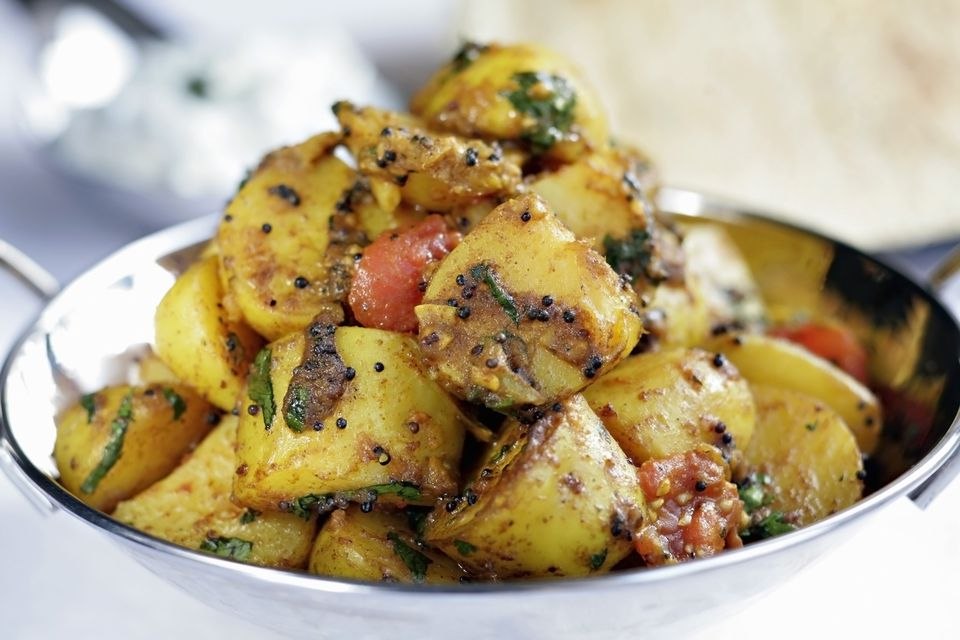 Spicy indian bombay potatoes with chilies recipe spicy indian bombay potatoes with chilies forumfinder Choice Image