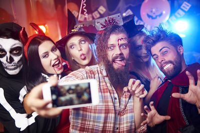 45 Free And Actually Fun Halloween Party Games For Adults