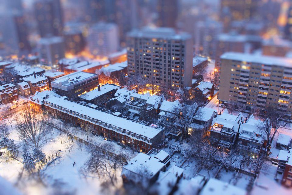snowy-toronto
