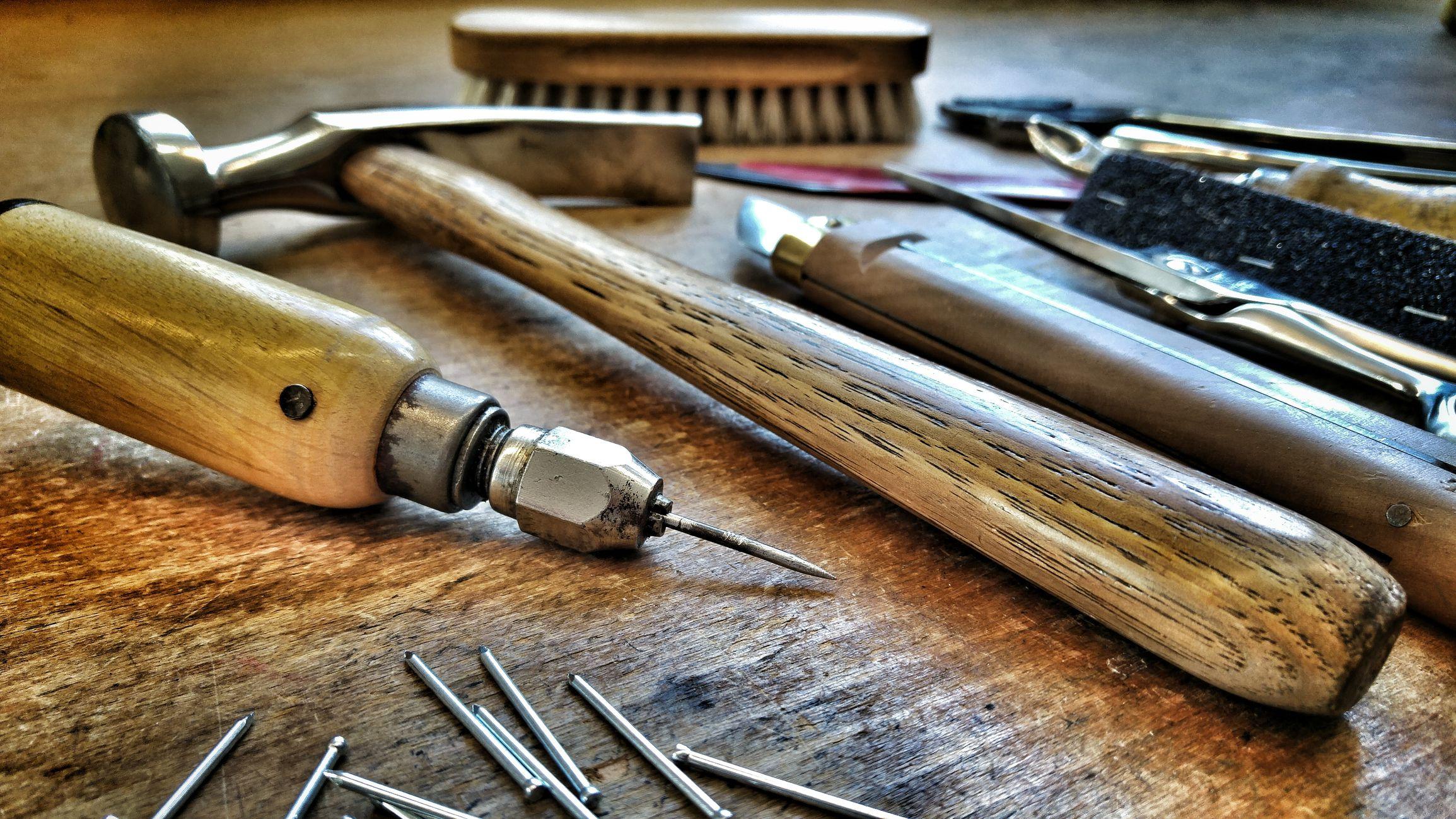 Herramientas b sicas de carpinter a para muebles de madera for Diseno de muebles para herramientas