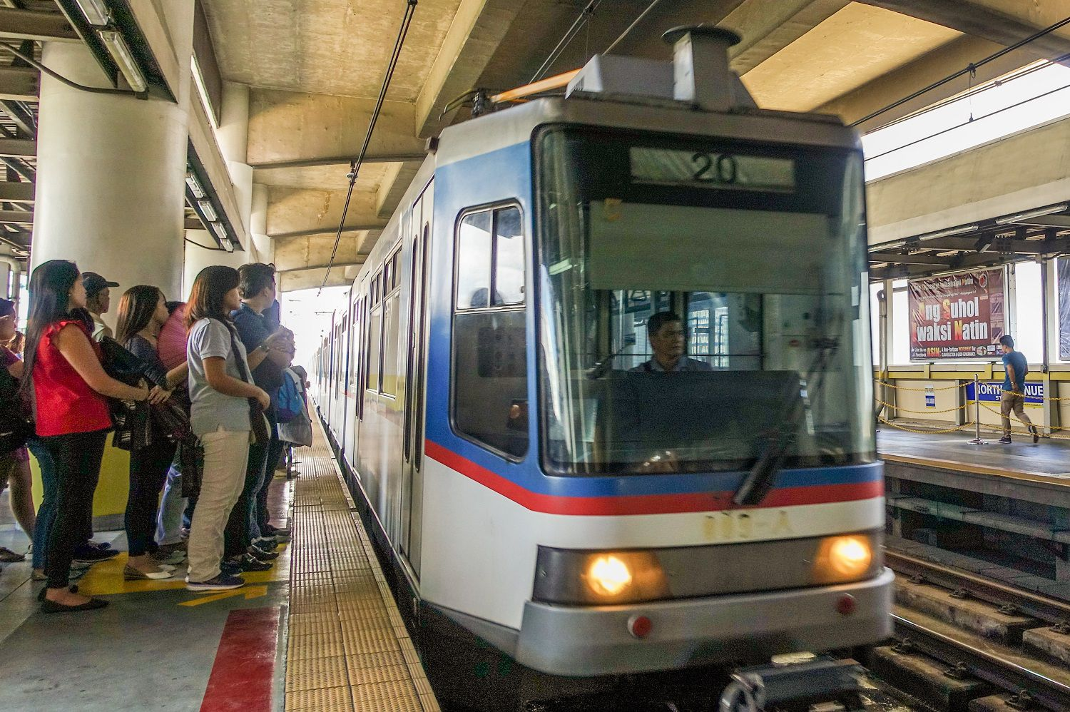 Guide To Manila Philippines S Commuter Train System