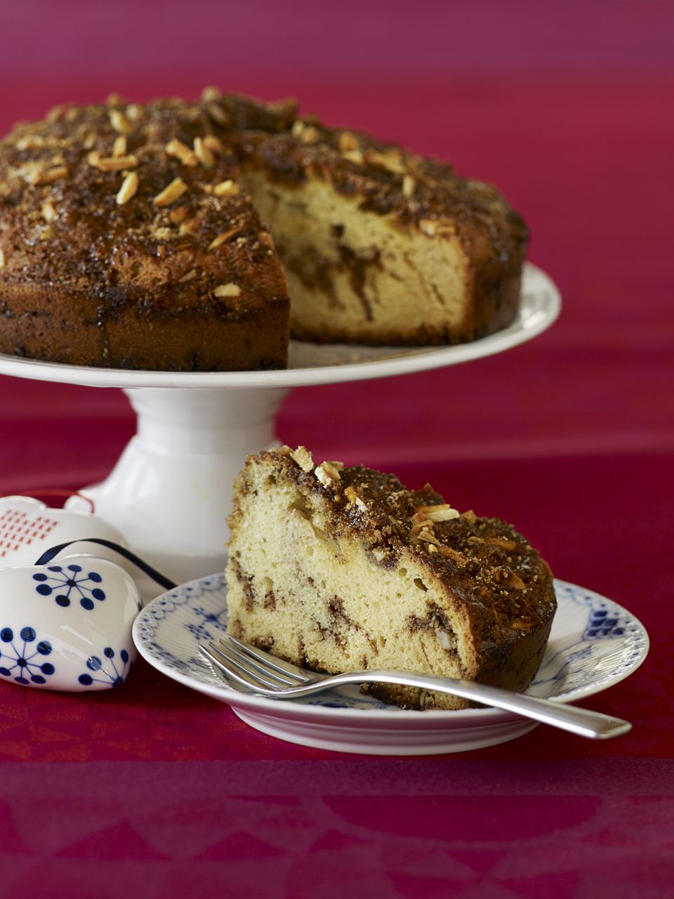 Traditional Scandinavian Almond Cake Recipe