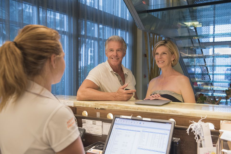 Checking Into a Hotel: How to Pay as Little As Possible