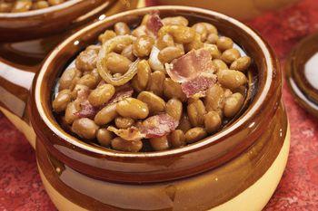 Slow Cooker Baked Beans With Salt Pork