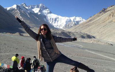 sara naumann everest base camp tibet