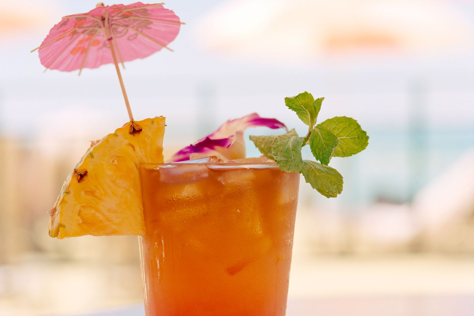 10 essential and popular rum tiki cocktails for Good alcoholic mixed drinks