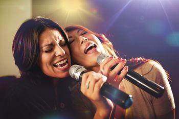 gay bar karaoke