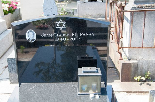 grave of Jean-Claude el Fassy with Yahrzeit candles