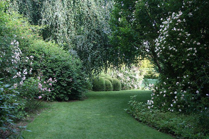 top gardens of france. Black Bedroom Furniture Sets. Home Design Ideas