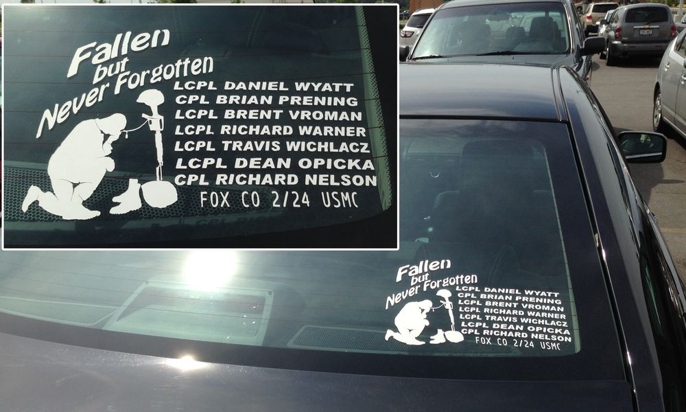 Car window decal honoring soldiers
