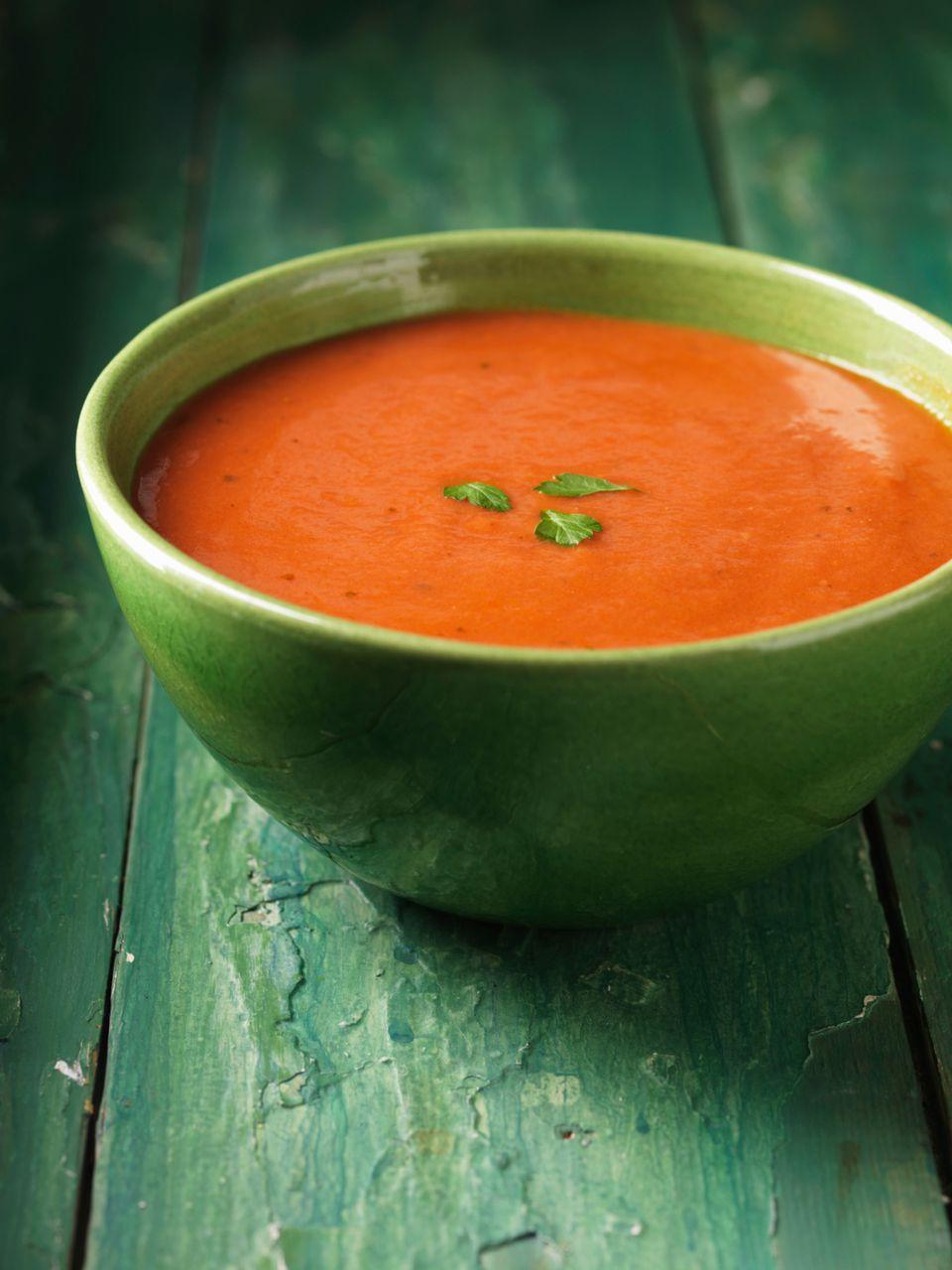 German Fresh Cream of Tomato Soup Recipe - Tomatencremesuppe
