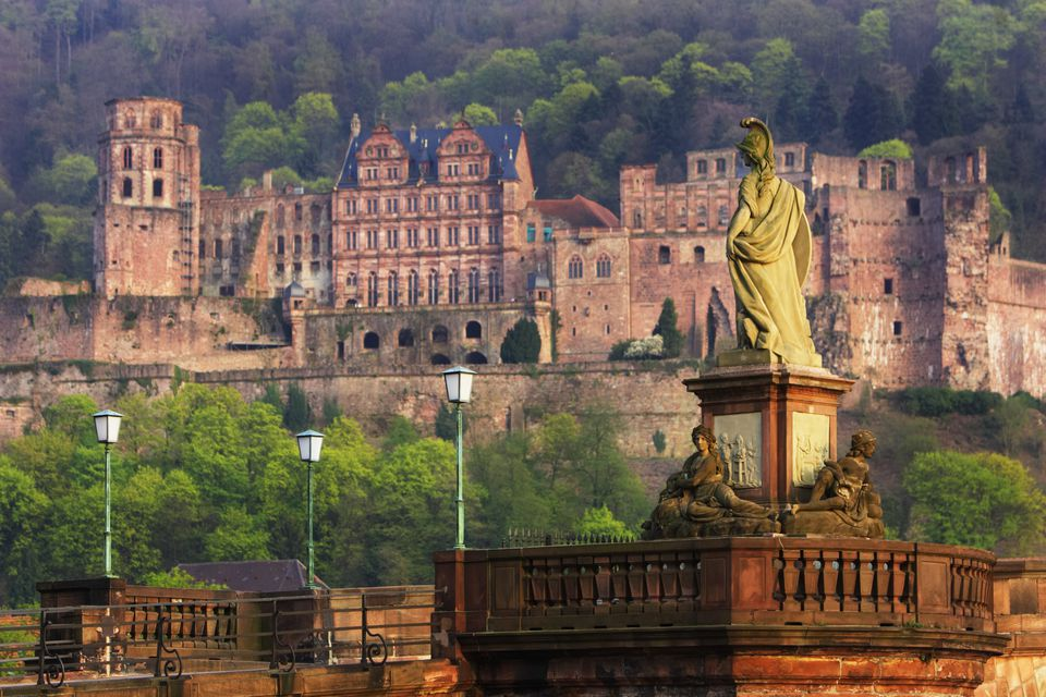 Germany, Heidelberg, Karl Theodor Bridge and Heidelberg Castle