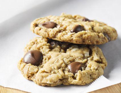 recipe: oatmeal date walnut cookies [24]