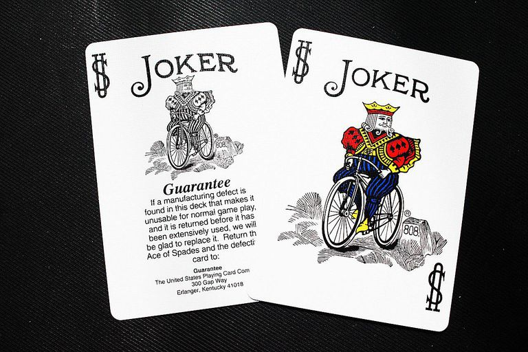 Play Minute to Win It Don't Blow the Joker with Cards