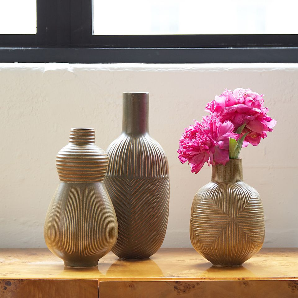 Pottery we adore jonathan adler relief vases modern pottery we adore reviewsmspy
