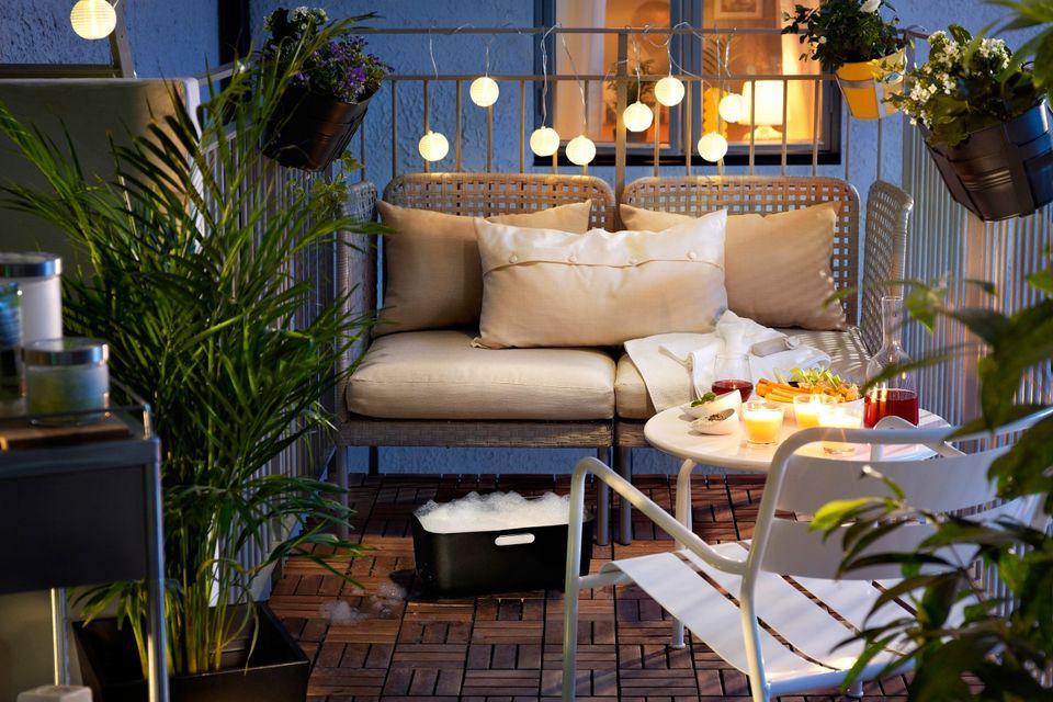 Lovely Outdoor Balcony Lighting Ideas