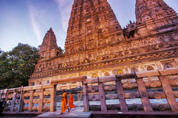 Mahabodhi Temple at dusk.