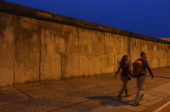 berlin wall essay introduction