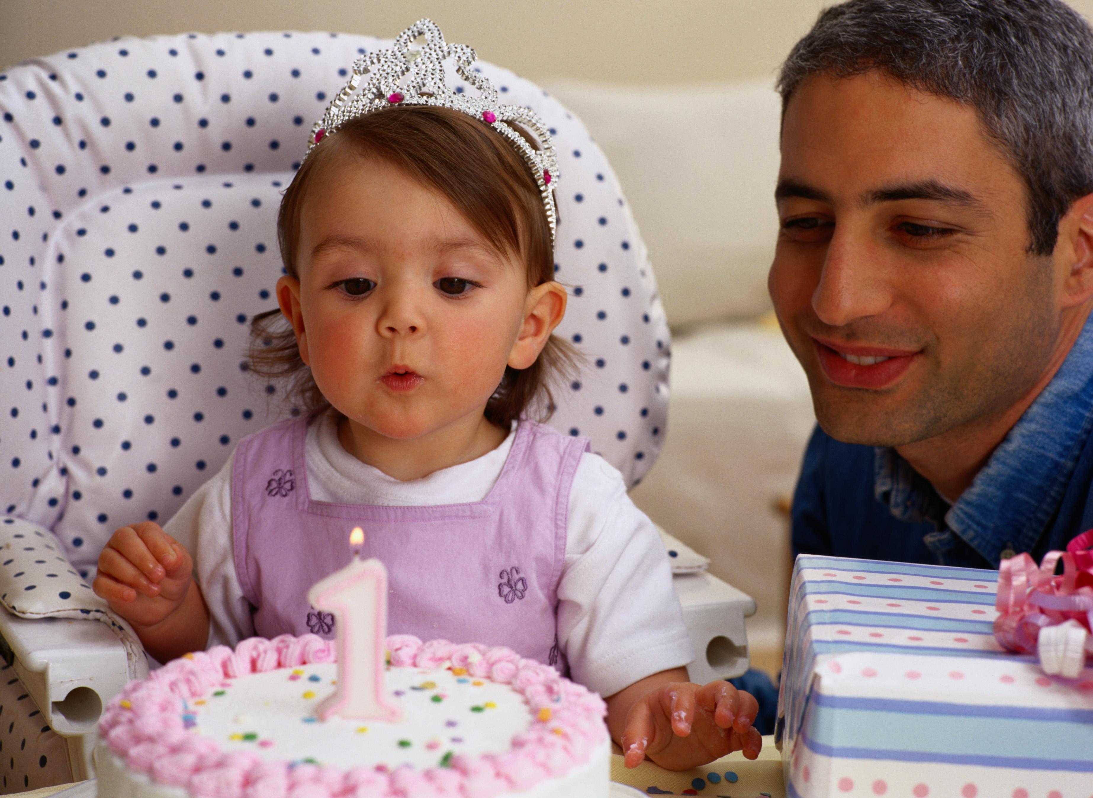 celebrating baby 39 s first birthday. Black Bedroom Furniture Sets. Home Design Ideas