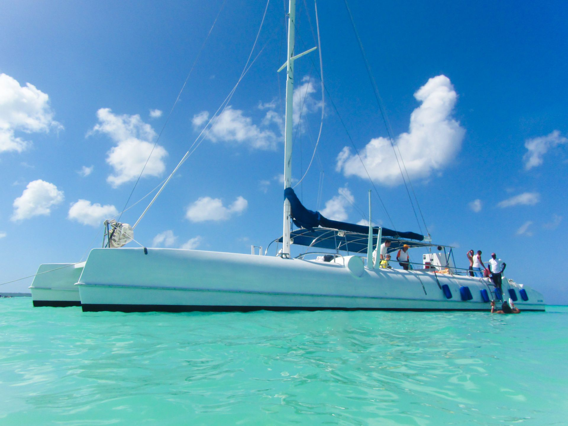 Explore The Beauty Of Caribbean: How To Charter A Yacht For The Ultimate Caribbean Boating