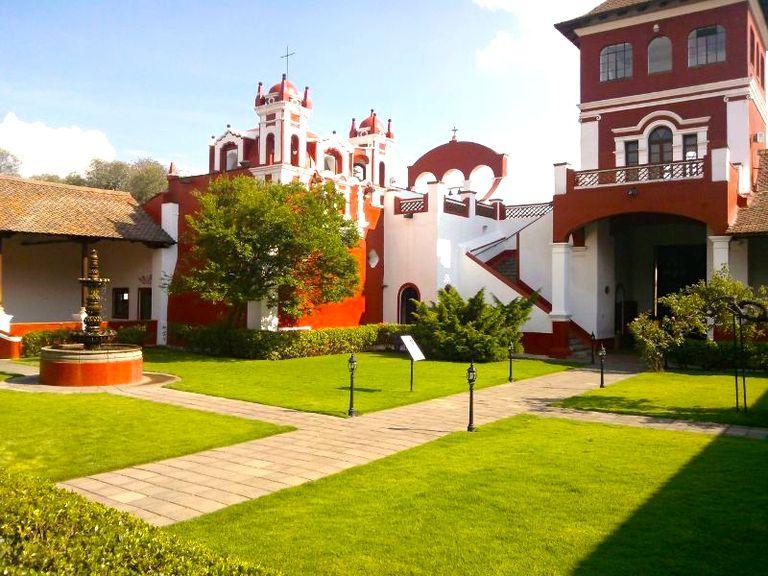 Patio-central-de-la-Hacienda-Panoaya.jpg
