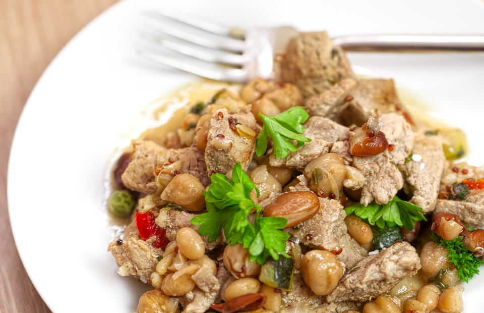 Barbecue Pork with mixed beans and vegetables