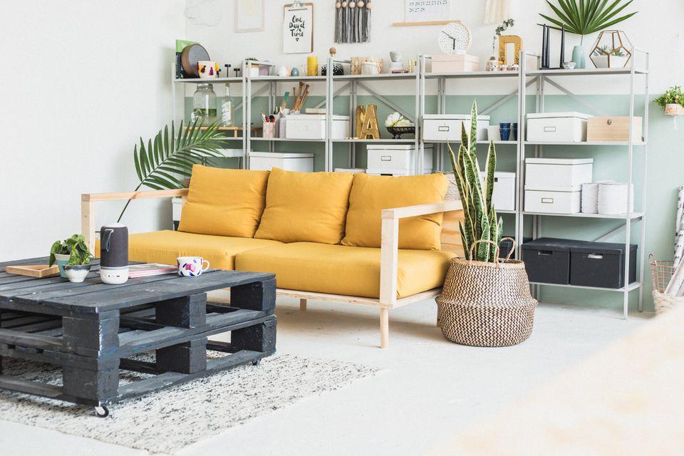 Diy Living Room. DIY Sofa 50 DIYs for the Living Room
