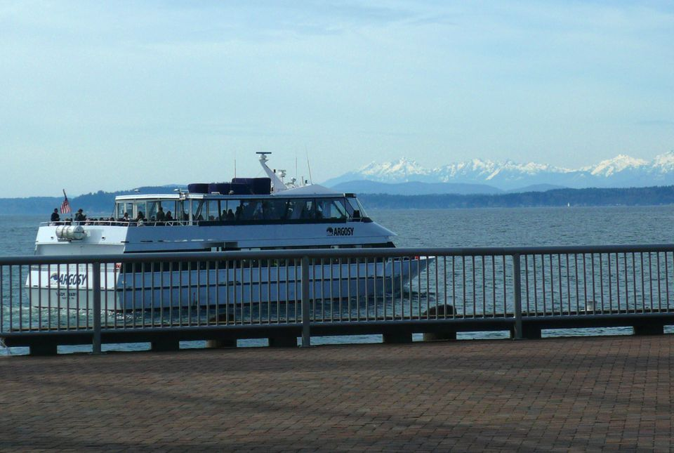 Argosy Cruise Boat with the Olympic Mountains in the Background (Angela M. Brown 2013)