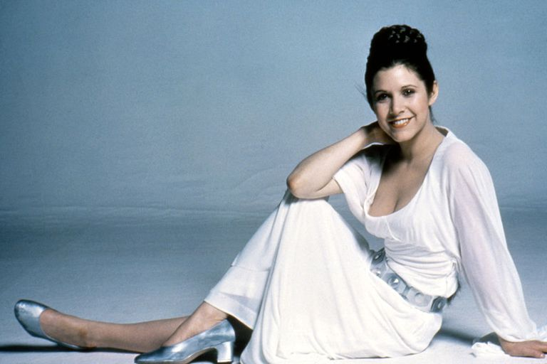 Did Carrie Fisher go without a bra in Star Wars?