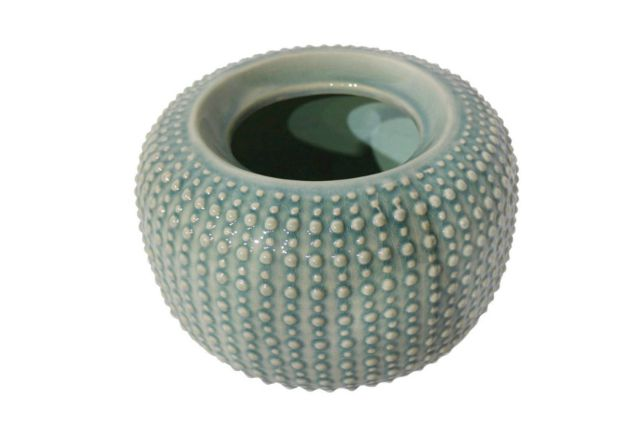 Hobnail indoor planter