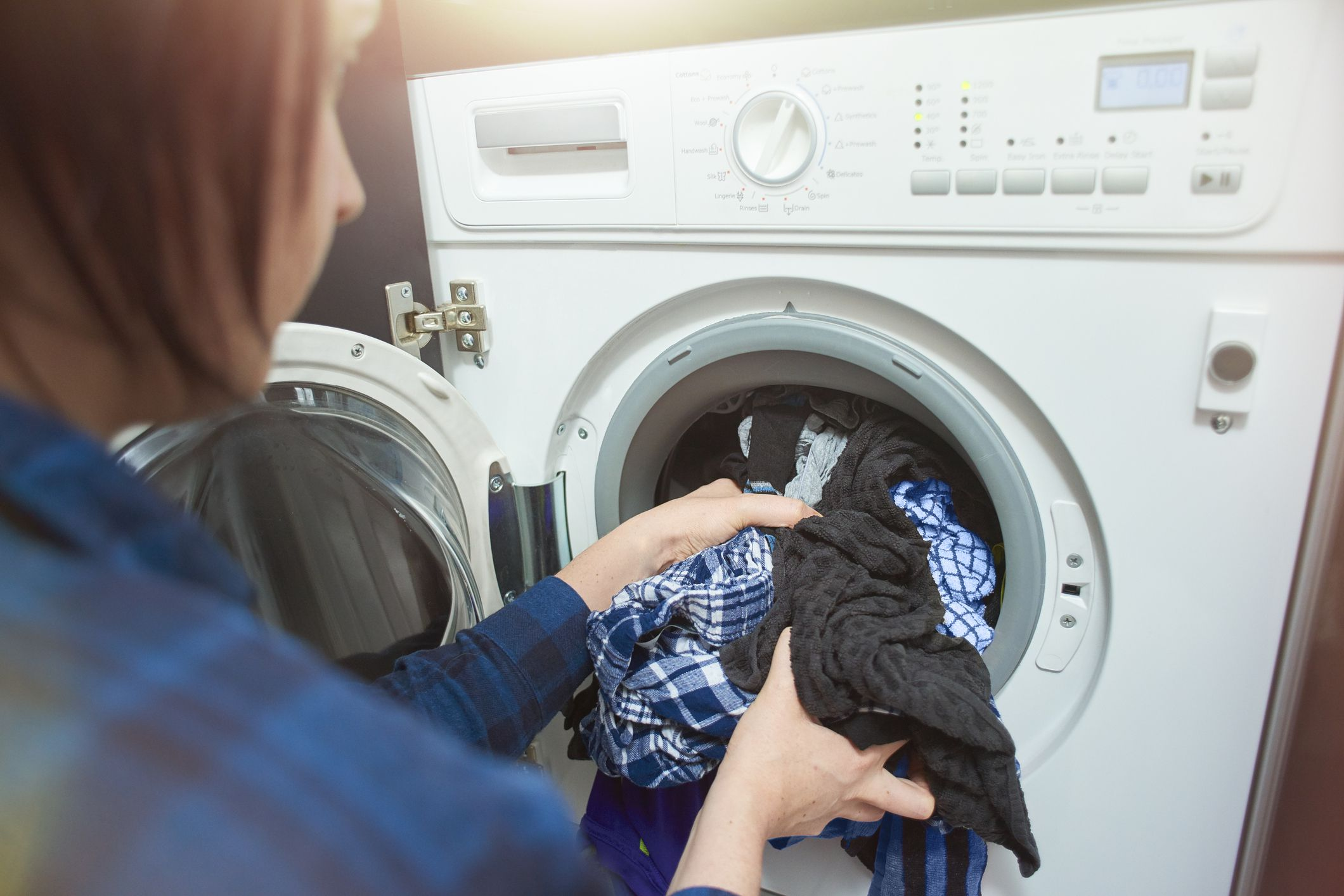 What Causes Holes In Clothes After Washing