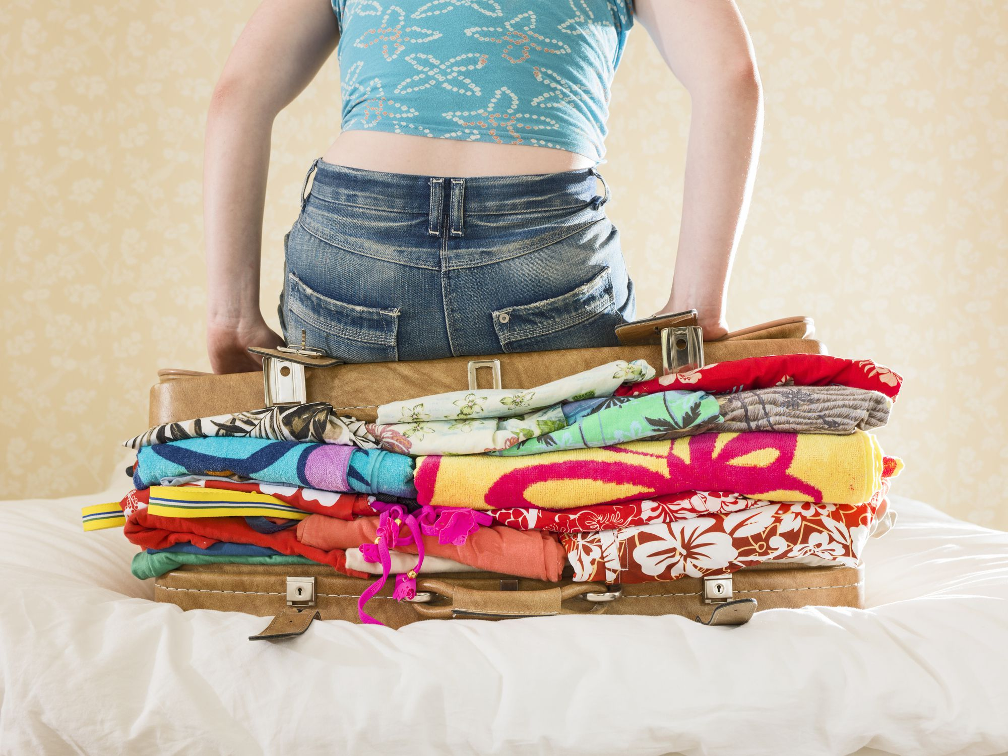 how to pack carryon travel light save baggage fees