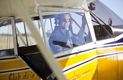 how to become a commercial pilot for free